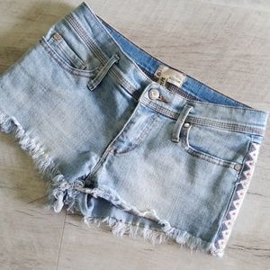 Roxy Lightwash Jean Shorts | Size 26